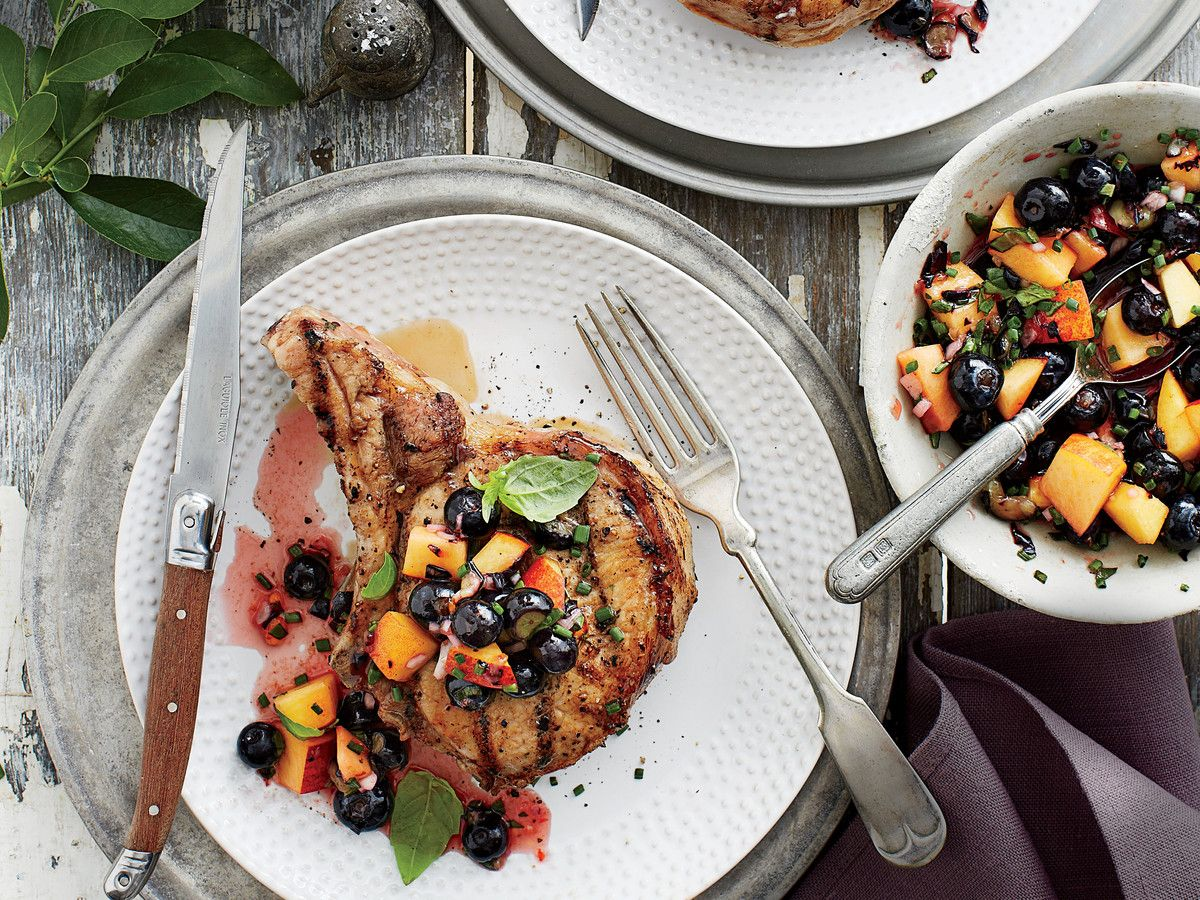 Sertéshús Chops Blueberry Peach-Salsa Recipe