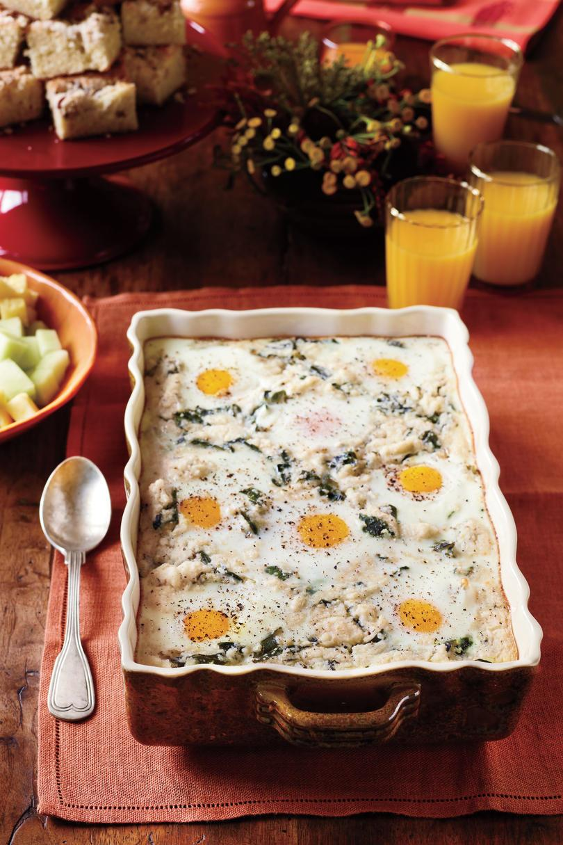ब्रंच Recipes: Grits-and-Greens Breakfast Bake